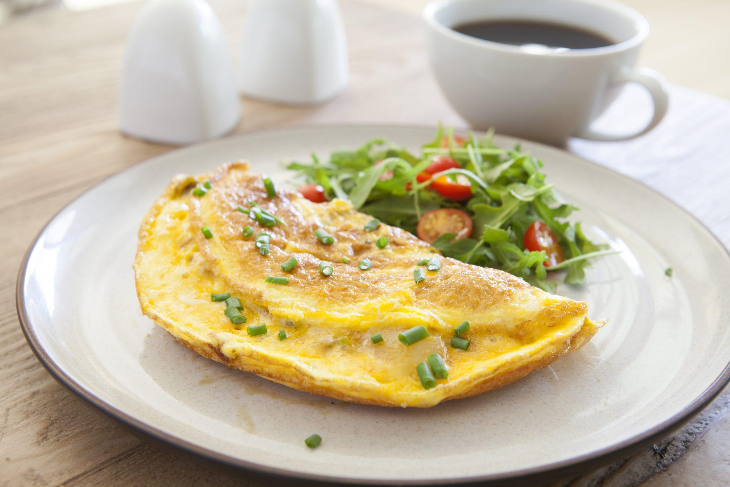Zdrowy omlet – przepis na pyszne i zdrowe śniadanie